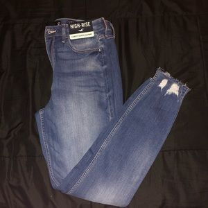 Hollister Curvy High-Rise Super Skinny Jeans